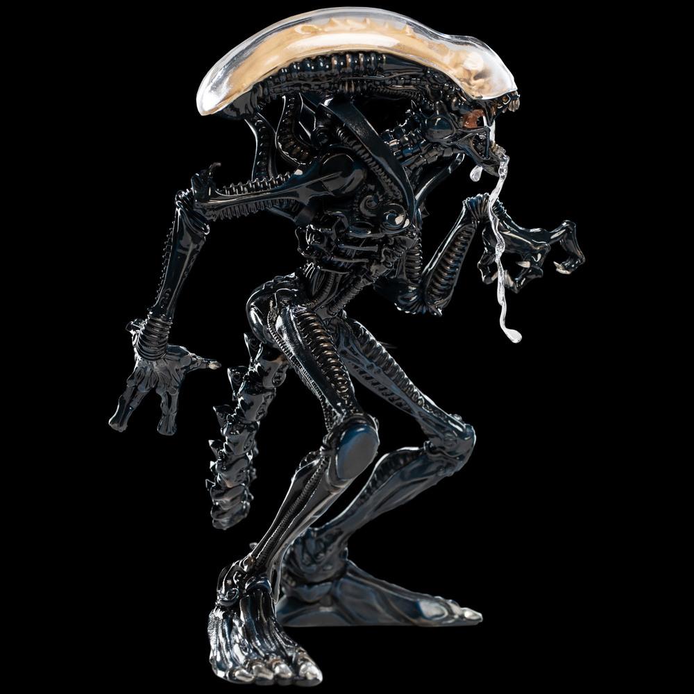 40 Mini alien figures